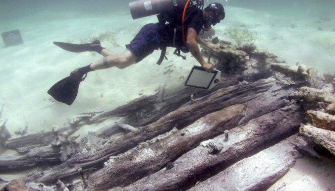 С перевернувшейся в Красном море яхты спасли дайверов из России