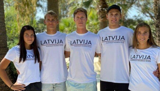 Četri Latvijas dueti Turcijā uzsāk cīņas Eiropas U-22 pludmales volejbola čempionātā