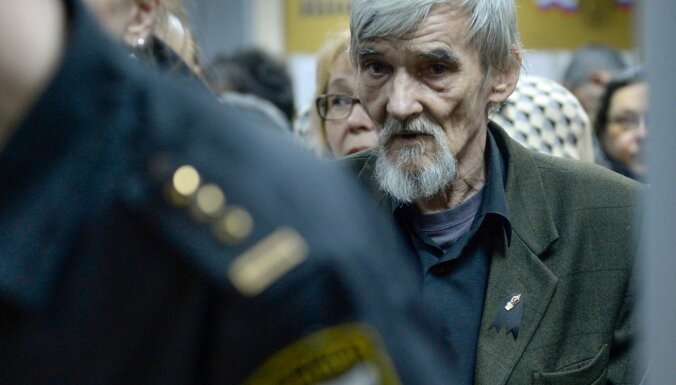 Карельского историка Юрия Дмитриева осудили на 3,5 года. Он может выйти на свободу осенью