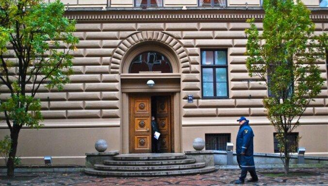 Saeimas komisijās lems par policijas kontroles aizstāšanu ar probācijas uzraudzību