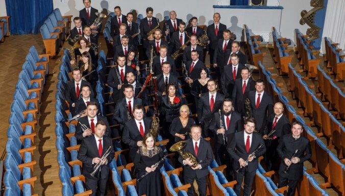 Orķestris 'Rīga' decembrī piedāvās Ziemassvētku džezu, Vīnes valšus un mūziku bērniem