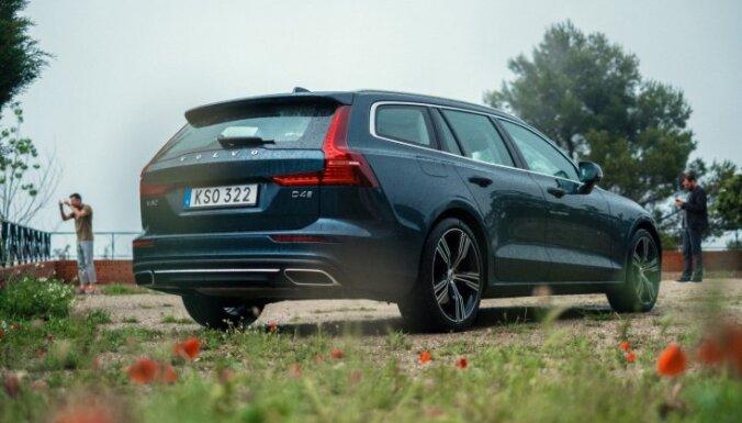 Pirmie iespaidi: jaunais vidējās klases universālis 'Volvo V60'