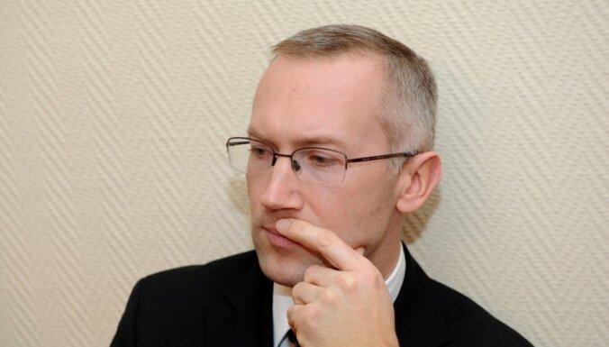 KNAB šefa vietnieks Vilks tiesā apstrīd rīkojumu par atstādināšanu