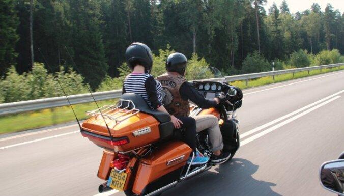 'Delfi' testē: Svelme, 'Harley-Davidson' un vējš