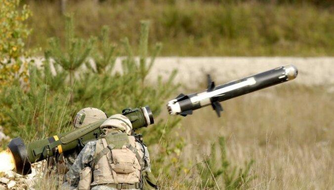 Igaunija par 40 miljoniem eiro nopirkusi prettanku sistēmas 'Javelin' ieročus