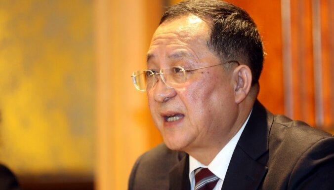 Ziemeļkoreja savu nostāju nemainīs, pēc samita paziņo ministrs