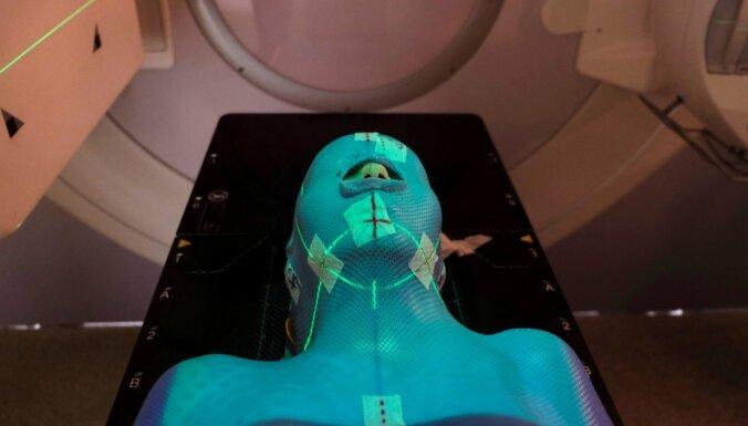 RTU izstrādā inovatīvu tehnoloģiju, lai pētītu radiācijas ietekmi uz cilvēka šūnu DNS