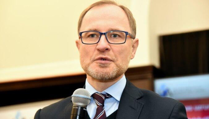 LĀI direktors: vēstnieka un konsulāro darbinieku izraidīšanu no Minskas var uzskatīt par 'de facto' diplomātisko attiecību pārtraukšanu