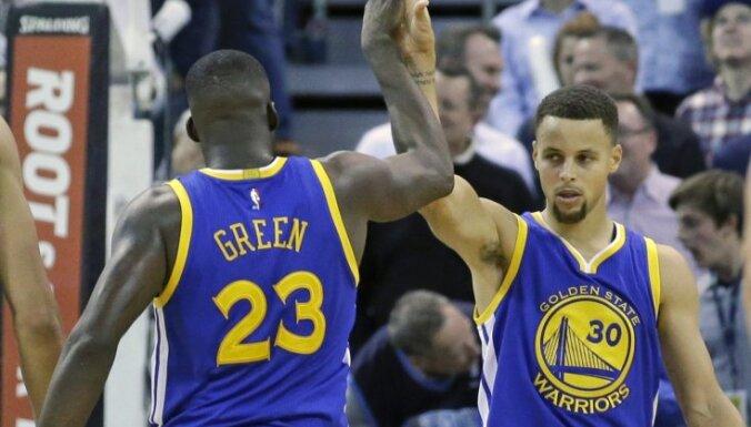 'Warriors' izcīna 50. uzvaru un sasniedz jaunu NBA rekordu