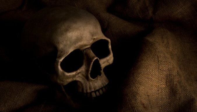 """ФОТО. """"Ромео и Джульетта"""", похороненные рука в руке на античном кладбище в Италии, оказались мужчинами"""