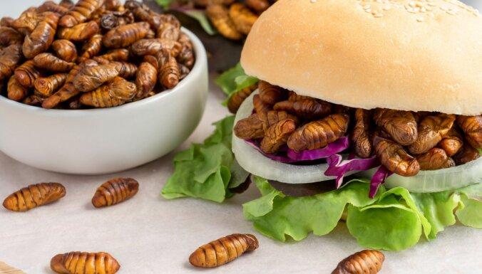 Gadā katrs apēdam puskilogramu kukaiņu – vai ēdīsim vēl vairāk?