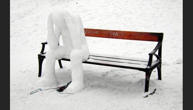 Stabilas ziemas sākšanās ar noturīgu sniegu nav gaidāma līdz decembra vidum