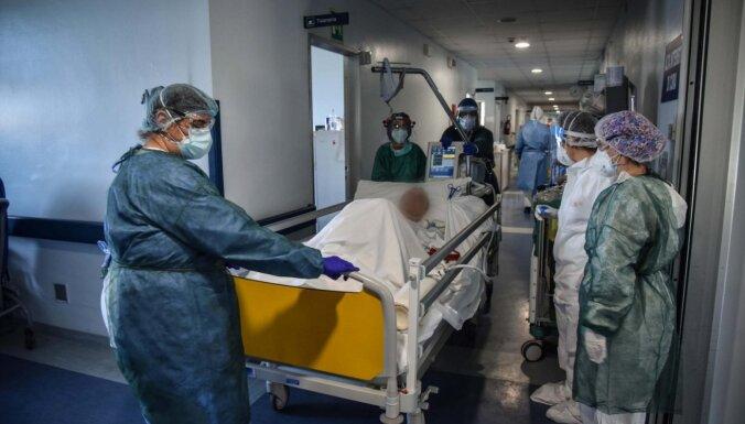 Itālijā no Covid-19 miruši vairāk nekā 150 ārsti