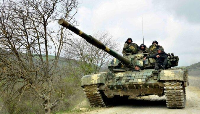 Armēņi atzīst savu spēku atkāpšanos dažos frontes sektoros