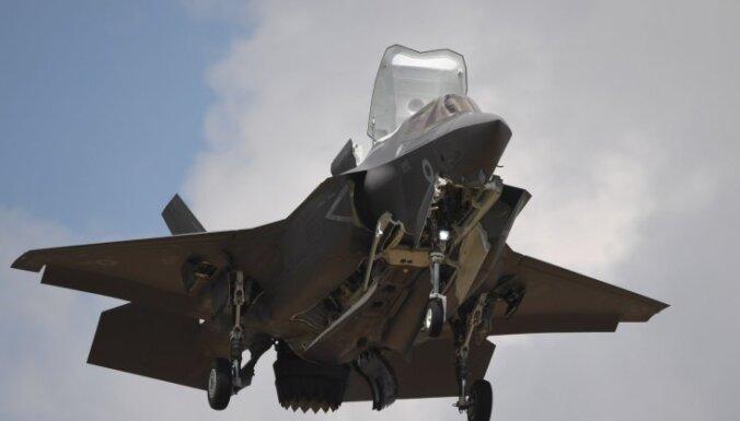 ASV aptur visus lidojumus ar F-35 iznīcinātājiem