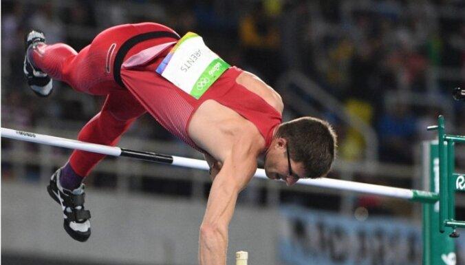 Latvijas vieglatlēti piecu sportistu sastāvā dodas uz Eiropas čempionātu telpās