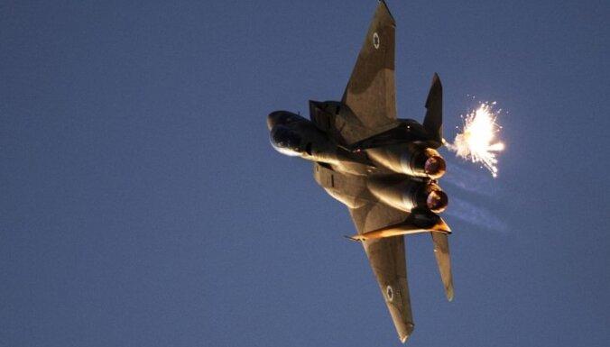 Израильский истребитель разбился, попав под огонь системы ПВО Сирии