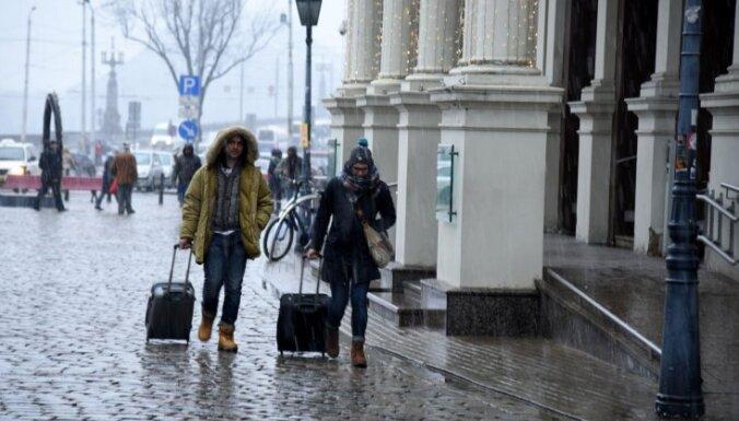 Rīgas domes opozīcija sasauc ārkārtas sēdi par 'pazudušo priekšlikumu'