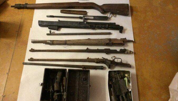 Полиция изъяла у реставратора внушительный арсенал времен Второй мировой войны