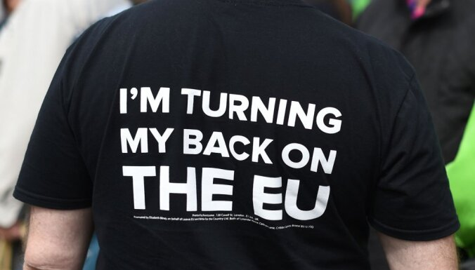 Vācija aicina nerunāt par plānu 'B' pirms britu 'Brexit' referenduma