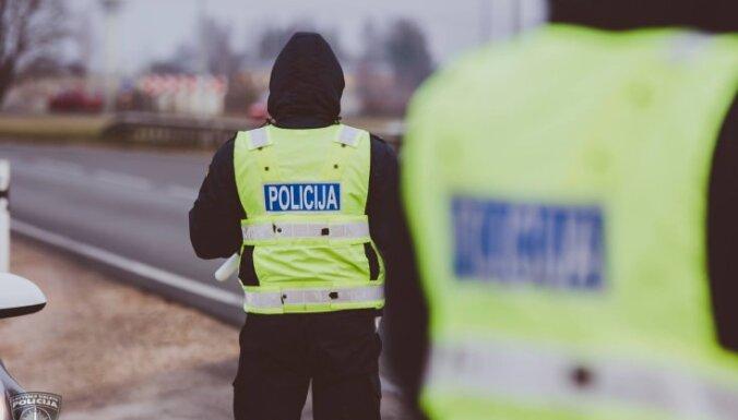 Policija meklē aculieciniekus satiksmes negadījumam Sēnītē