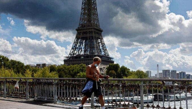Francija ieviesīs stingrus ierobežojumus cīņā ar Covid-19