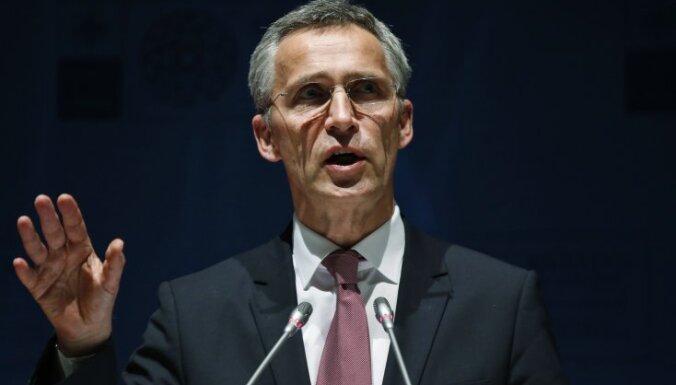Столтенберг: НАТО должно сдерживать действия России
