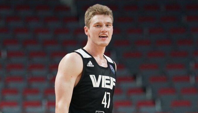 Artūrs Kurucs: patīkami būt daļai no Latvijas basketbola vēstures