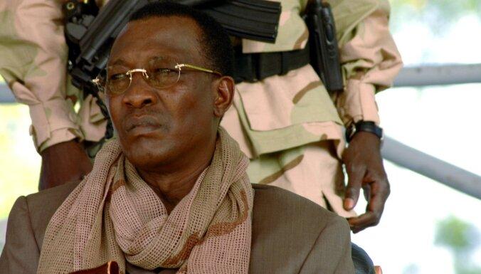 Президент Чада погиб в день его переизбрания главой государства