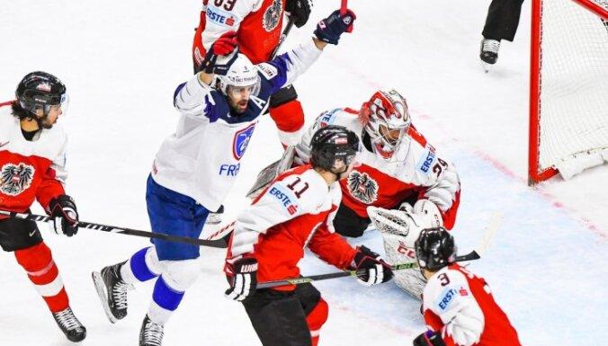 Белорусы проиграли пятый матч подряд на ЧМ, а французы сохранили прописку в элите