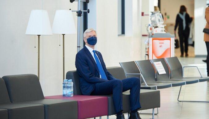 Ministru prezidents saņēmis otru 'AstraZeneca' vakcīnas devu