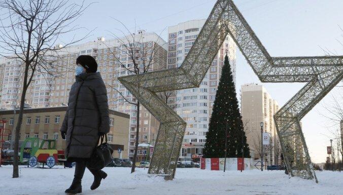 Krievija mediju-ārvalstu aģentu sarakstā pirmo reizi iekļauj fiziskas personas