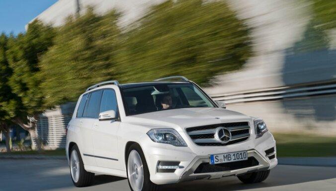'Mercedes-Benz' modernizējis 'GLK' apvidus automobili