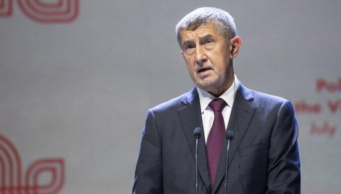Čehijas premjers nožēlo Covid-19 ierobežojumu pārsteidzīgu mīkstināšanu
