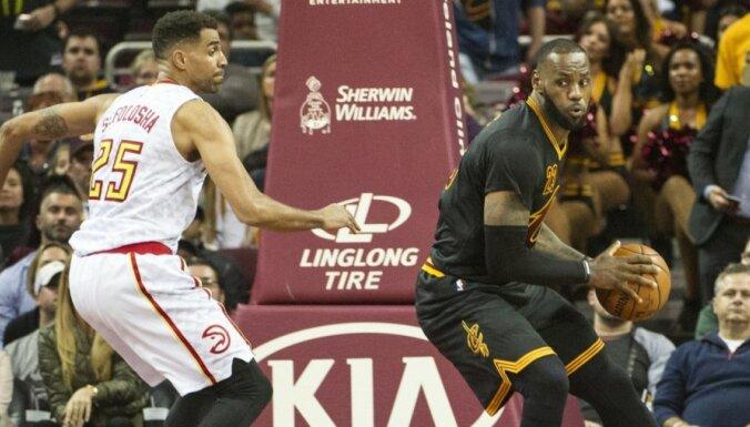 Pašreizējie NBA čempioni 'Cavaliers' piedzīvo pirmo zaudējumu sezonā