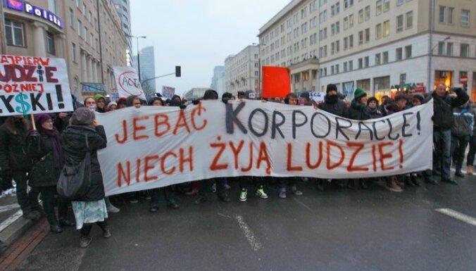 Polijā protestē pret interneta cenzūras likumu
