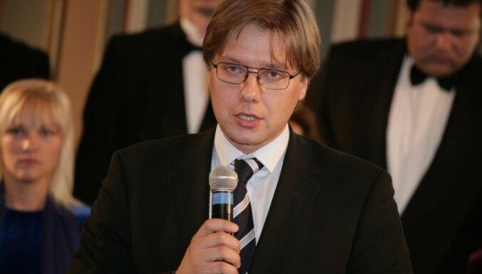 Ušakovs neatbalsta referendumu par krievu valodas statusu