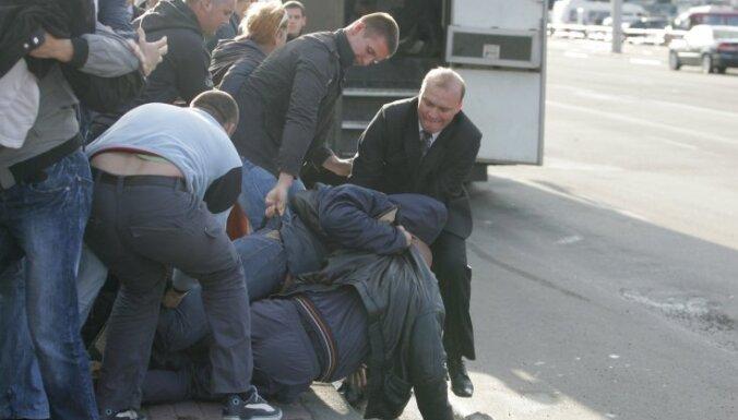 Baltkrievus sodīs par organizētu bezdarbību
