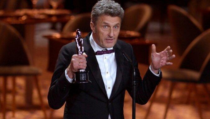 Pāvels Pavļikovskis un filma 'Aukstais karš' triumfē Eiropas kinoakadēmijas ceremonijā