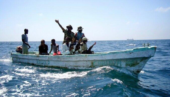 Сомалийские пираты захватили судно в Красном море