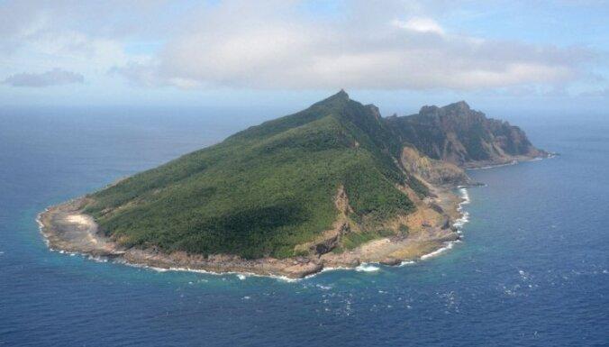 Тысяча китайских шхун направляется к спорным островам