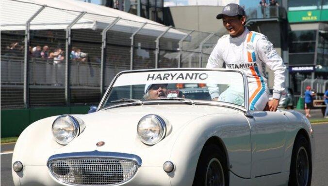 Indonēzietim Harjanto atņem līdzjutēju balsojuma labākā pilota titulu