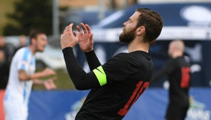 Jūrmalas 'Spartaks' nenomaksātu parādu dēļ aizliedz reģistrēt jaunus spēlētājus