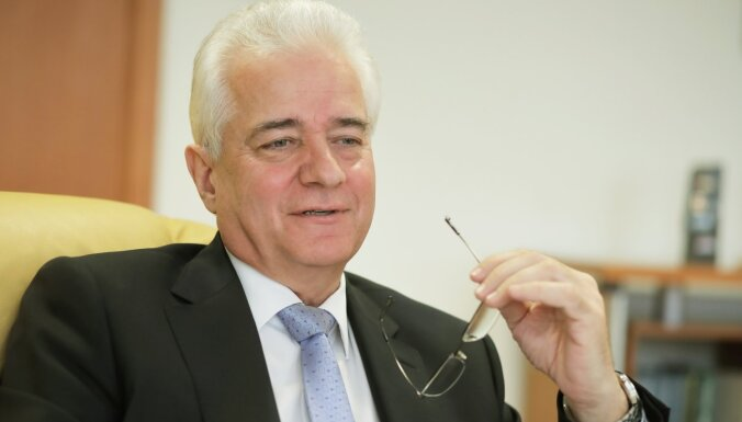 Лукашенко уволил и лишил ранга посла Беларуси в Латвии