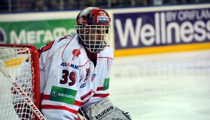 Hašeks vismaz vēl vienu sezonu grib spēlēt KHL