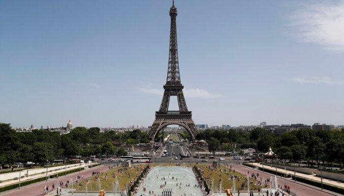 Francijā pieprasa nosacītu cietumsodu Saūda Arābijas princesei par strādnieka piekaušanu