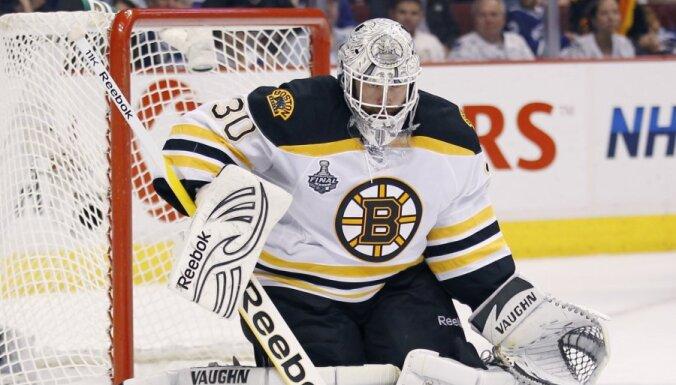 'Bruins' vārtsargs Tomass izlaidīs nākamo sezonu