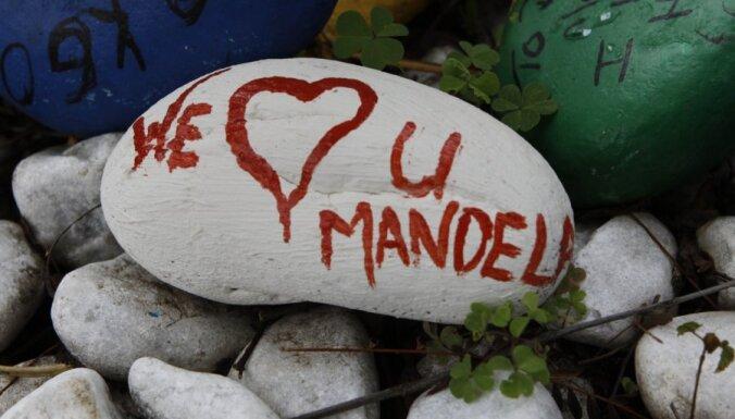 Nelsons Mandela izveseļojies