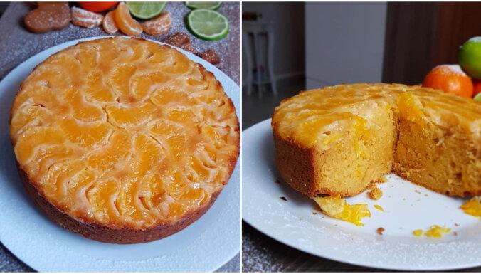 Vienkāršā kūka ar mandarīniem cukura karamelē