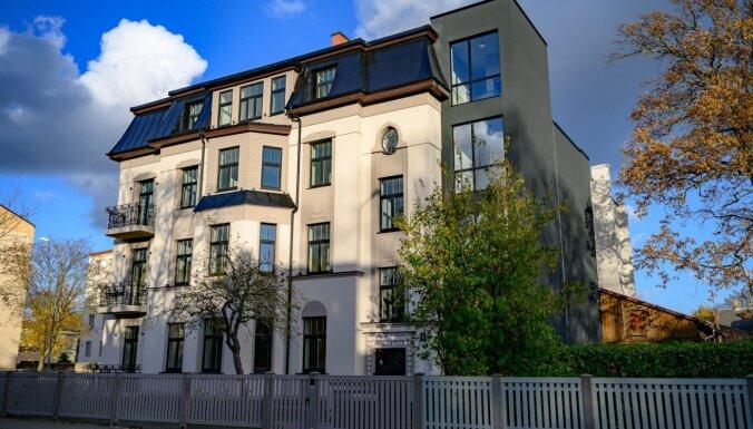 Liepājā par 1,2 miljoniem eiro atjaunota jūgendstila dzīvokļu māja